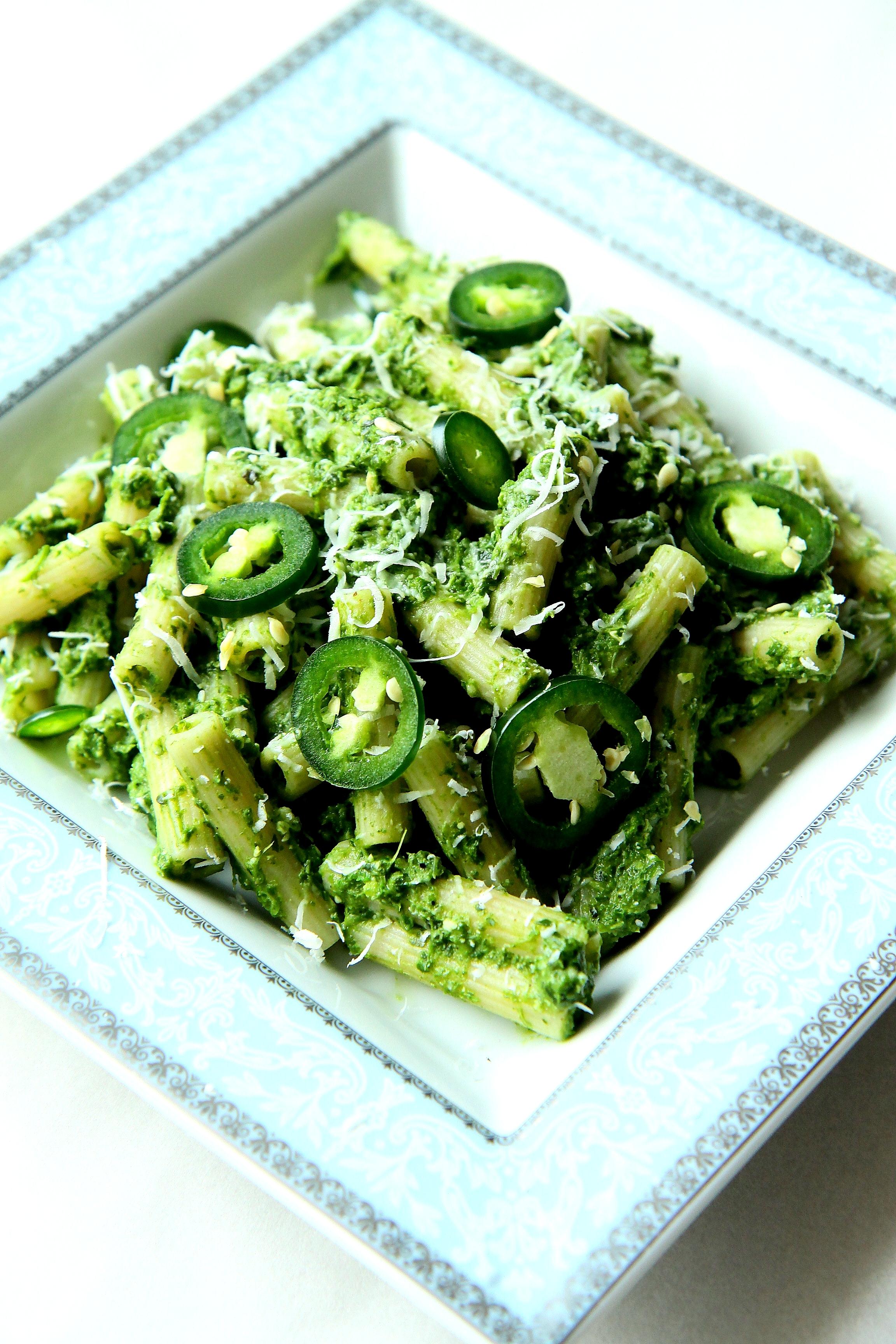 Makaron Z Jarmużowym Pesto I Zielonym Chilli Fit Magazyn