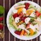 salatka-z-mozarella-i-owocami