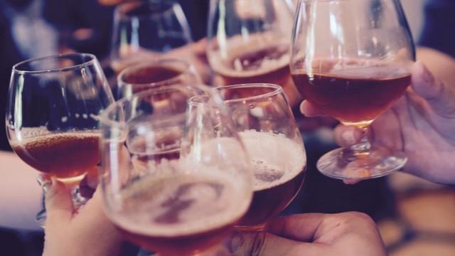 ikona1234ludzie-alkohol