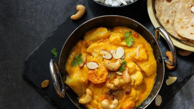 curry z nerkowcem