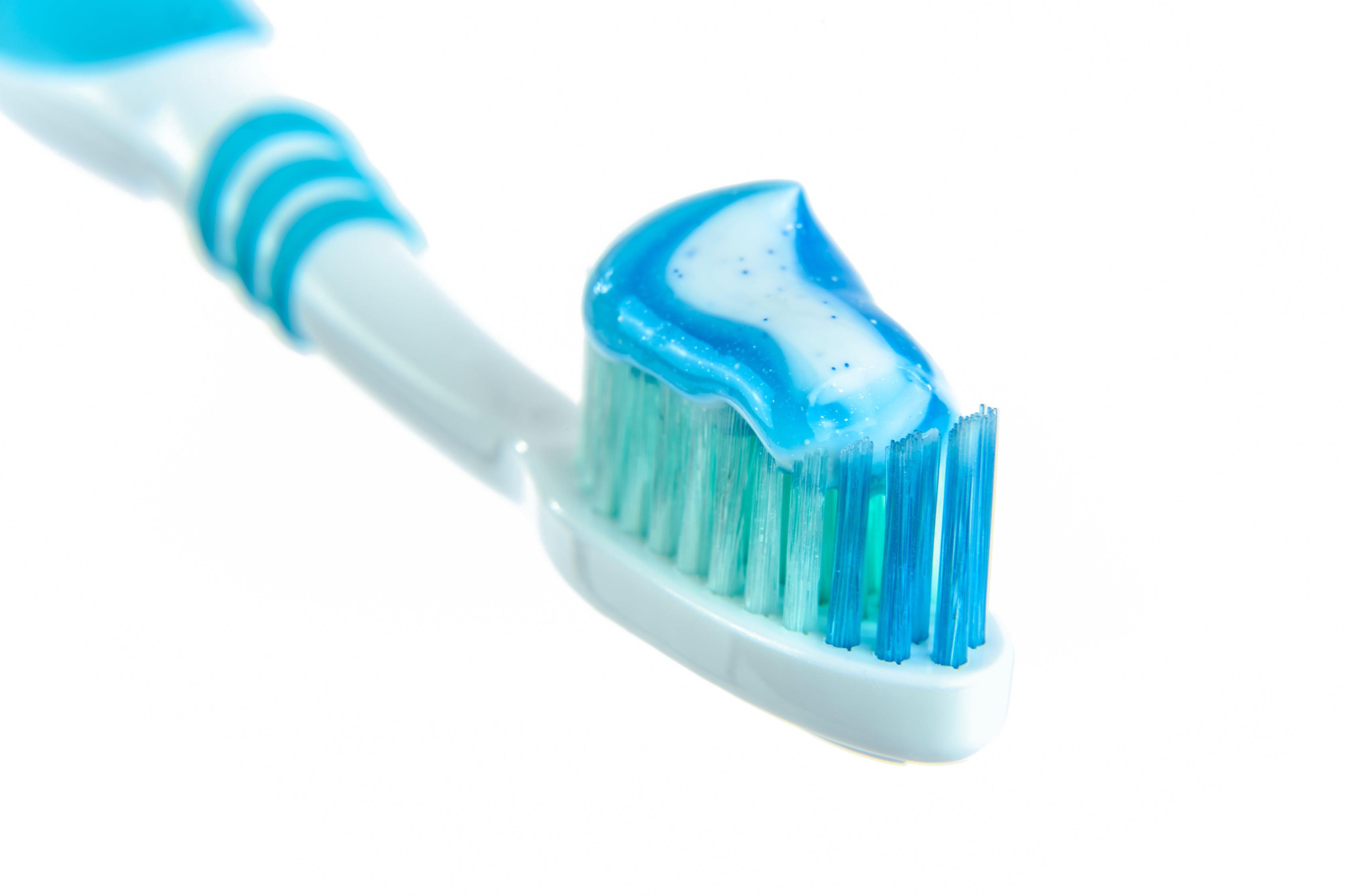 pasta do zębów 1